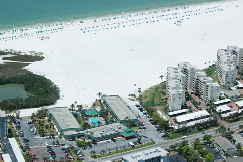 Gulf View And Holiday Inn
